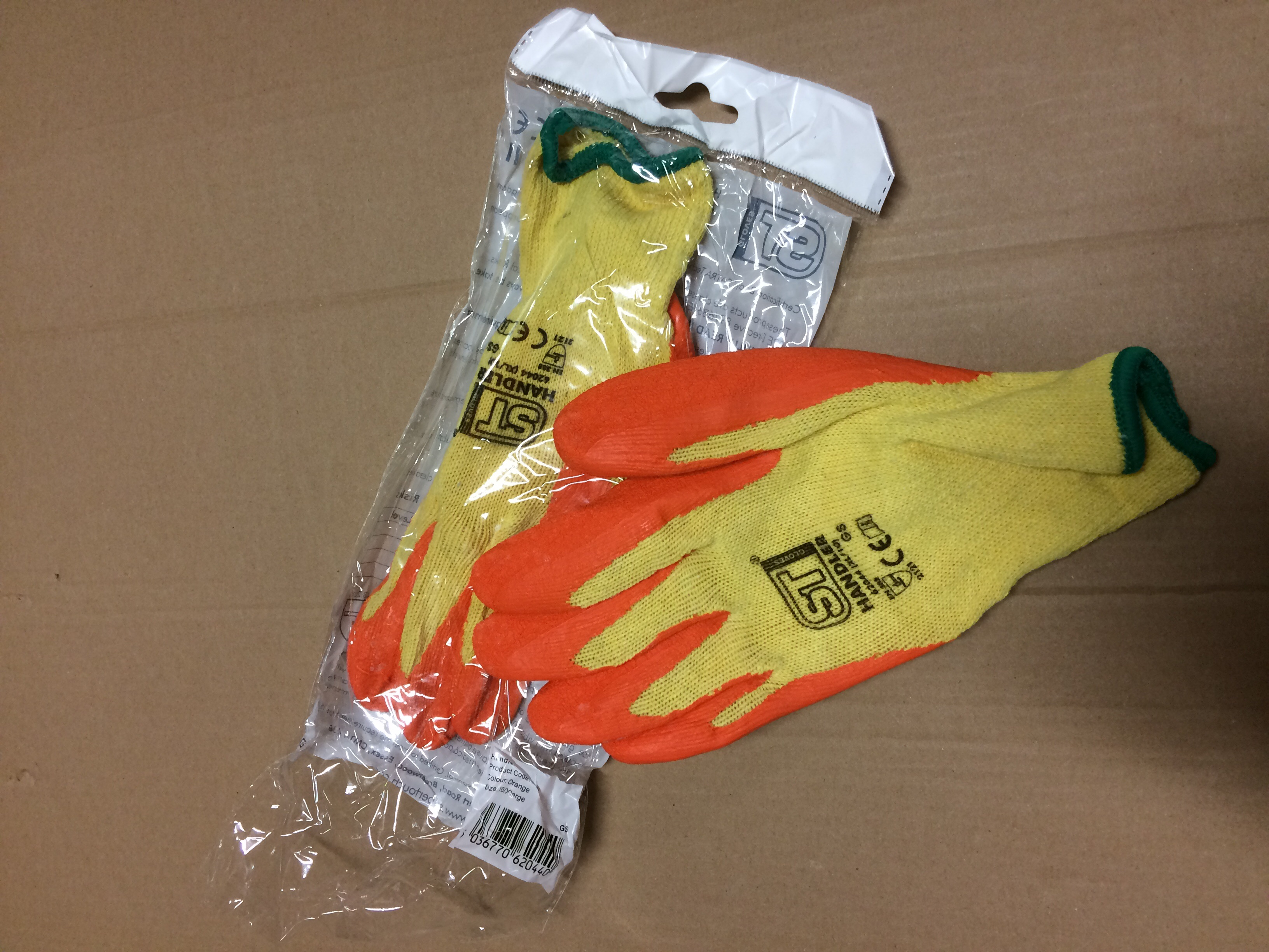 Golden grip handler gloves