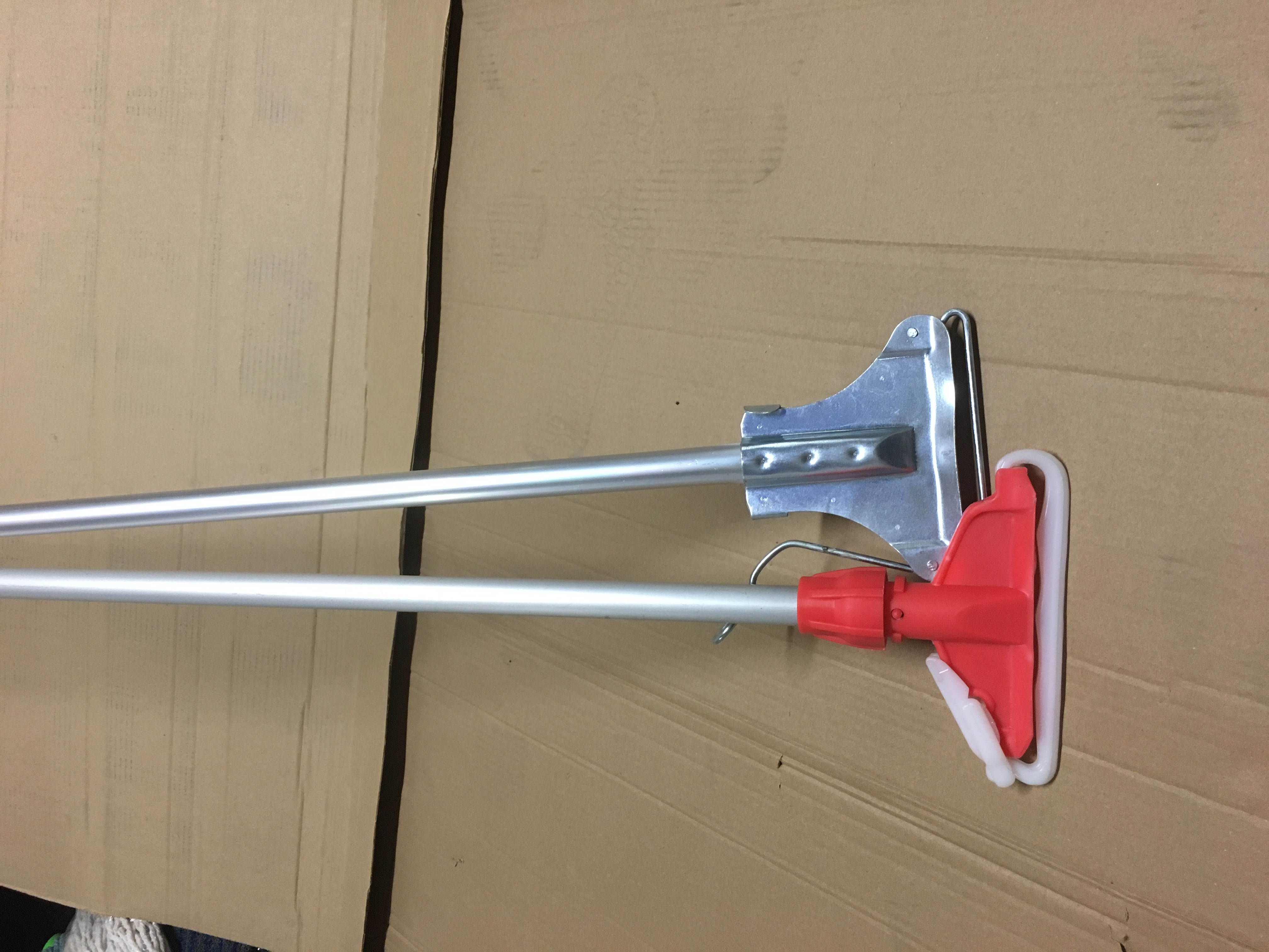 Aluminium handles and mop holder